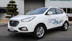 Hyundai ix35 Fuel Cell vehicle rolls of assembly line